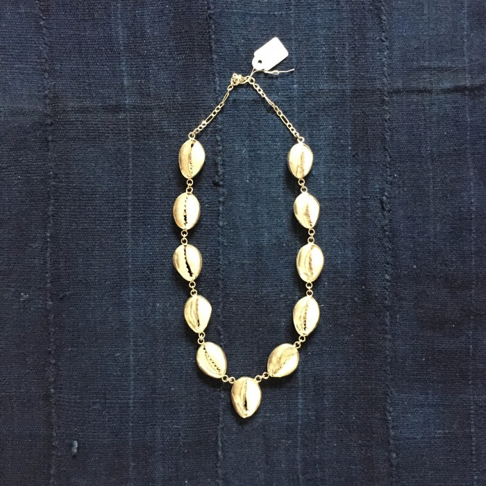 silver cowrie necklace