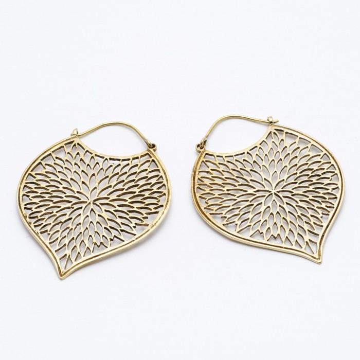Leaf design brass earrings